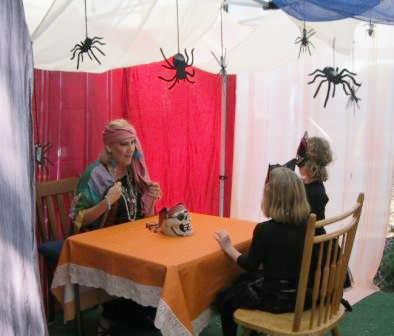 halloween-11-fortune-teller